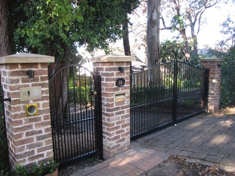 Front Fencing